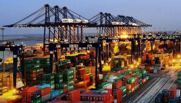 前7个月我国外贸进出口增长18.5% 出口先导指数上升